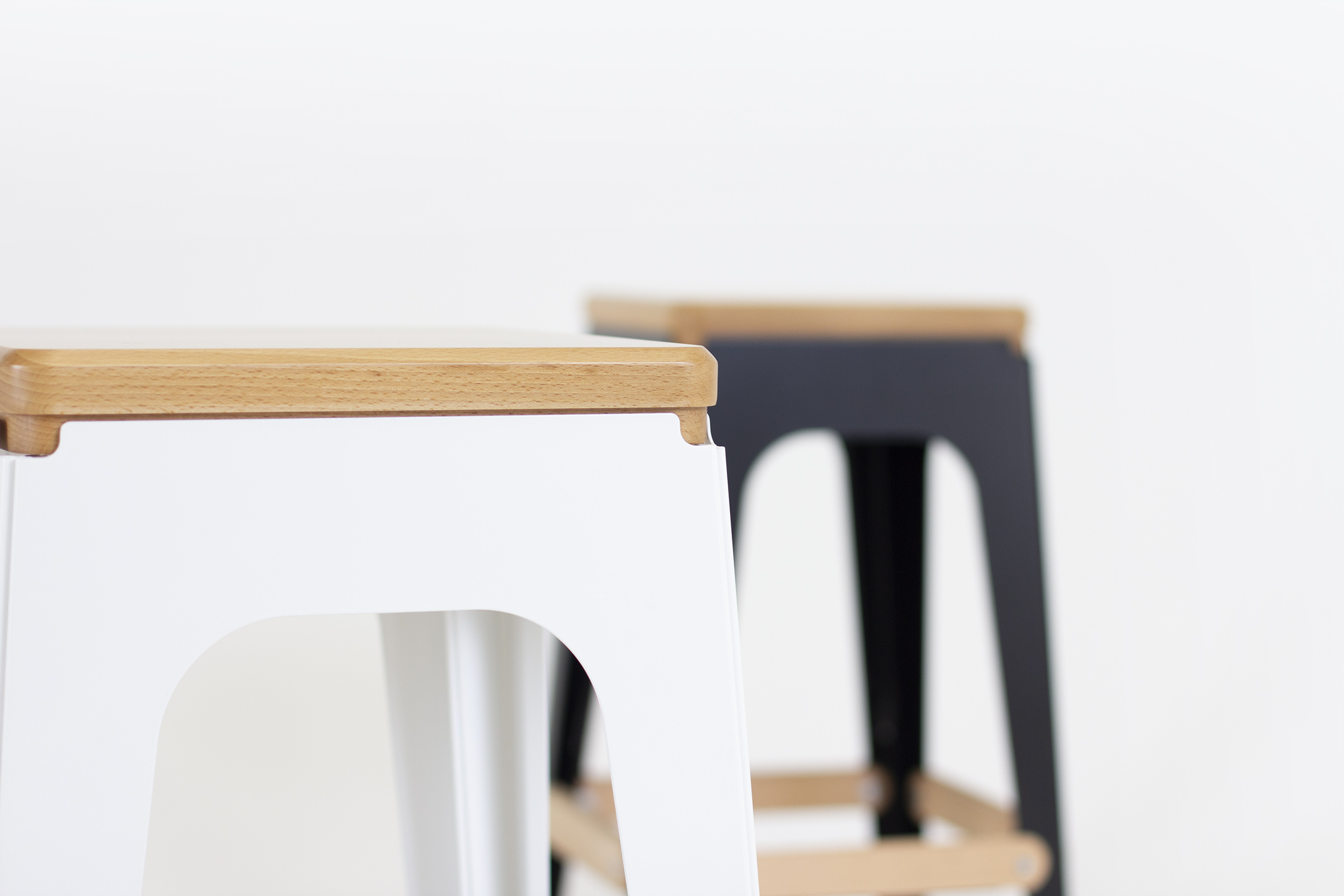 OULA bar stool by FIGURON. Design by Alexander Zhukovsky.